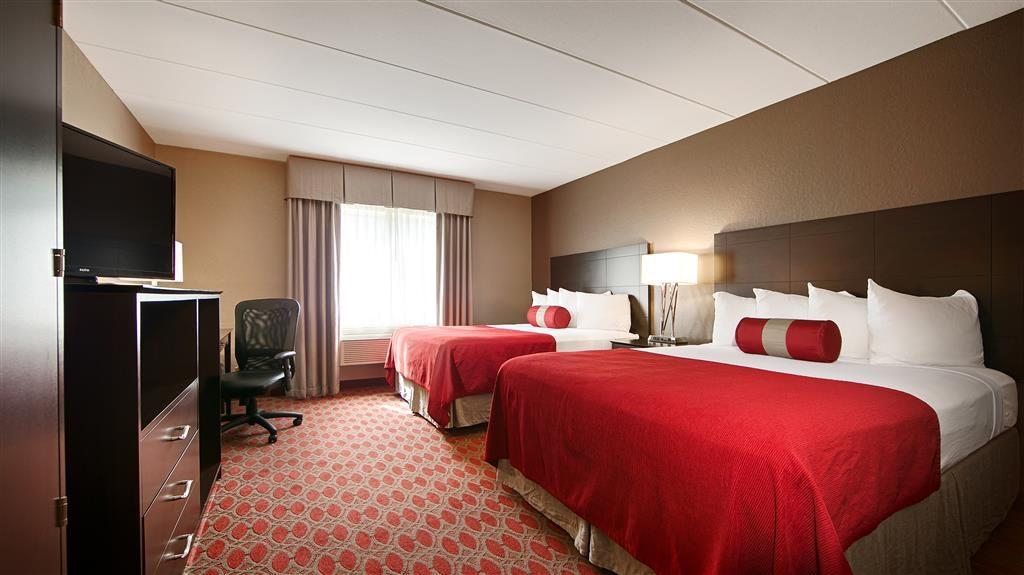 Best Western Plus Minneapolis-Northwest - Standard-Gästezimmer mit zwei Queensize-Betten.