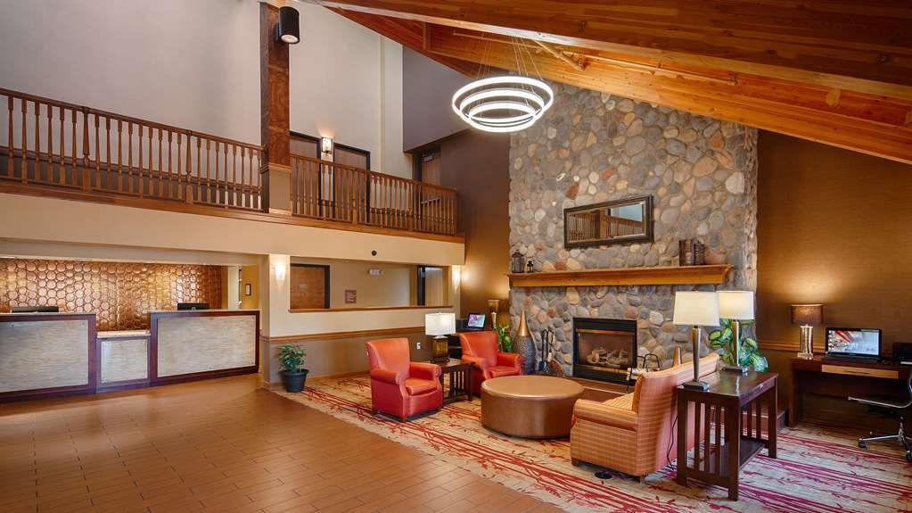 Best Western Plus Minneapolis-Northwest - We strive to exceed your every expectation starting from the moment you walk into our lobby.