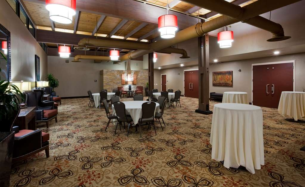 Best Western Plus St. Paul North/Shoreview - Weather you need a theatre, classroom, banquet or reception setting we can accommodate your next event.
