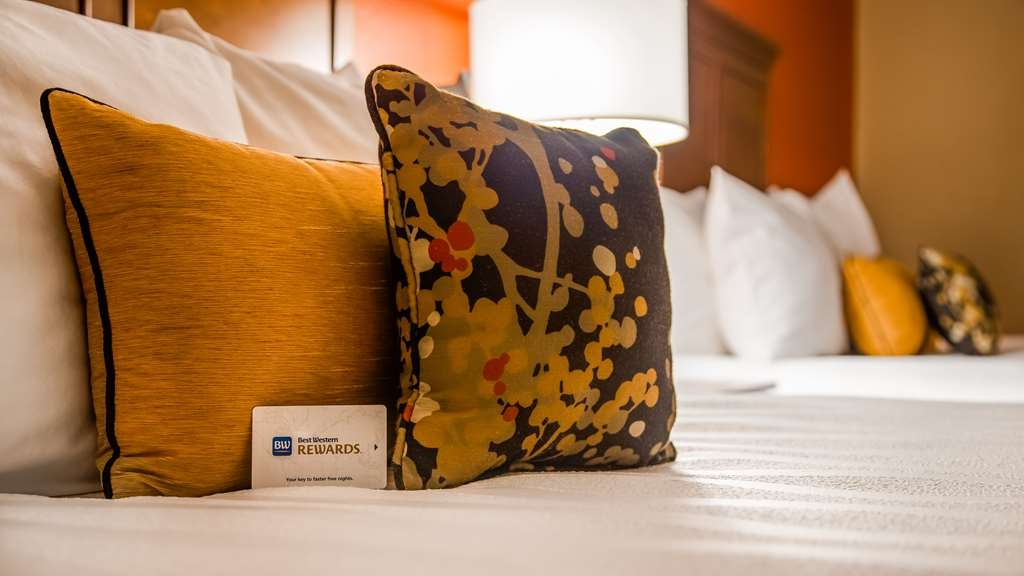 Best Western Plus St. Paul North/Shoreview - habitación de huéspedes-amenidad