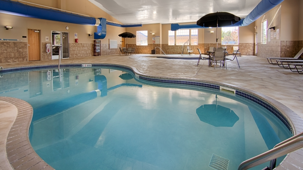 Best Western Plus Blaine at the National Sports Center - piscina coperta