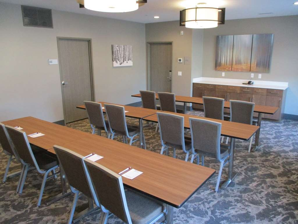 Best Western Plus Isanti - Sala de reuniones