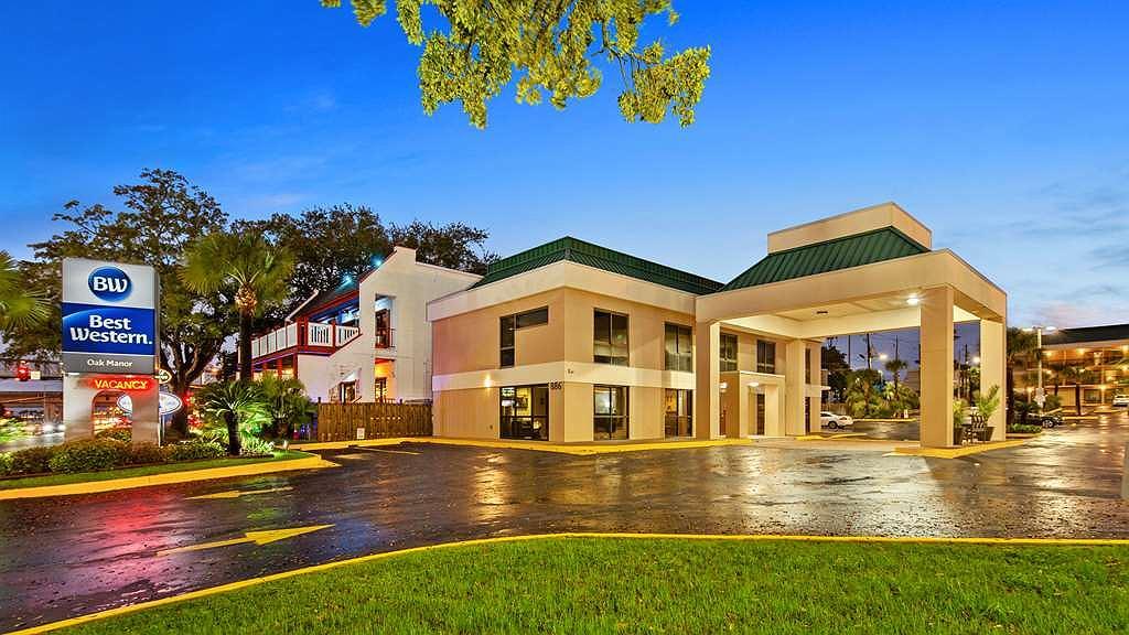 Best Western Oak Manor - Vista exterior