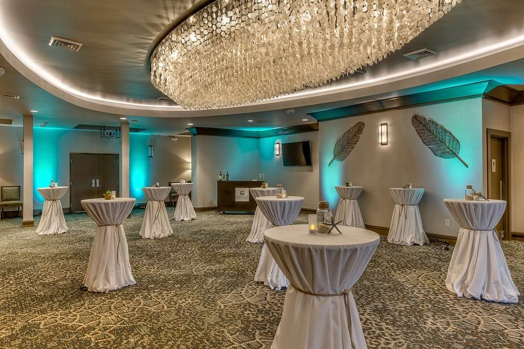 Best Western Seaway Inn - The Gulf Coast Event Center Pre Function area is over 1200 sq. ft. of space that can be used for Registration, Food and Beverage and Receptions.