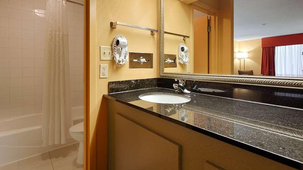 Best Western Flagship Inn - Badezimmer