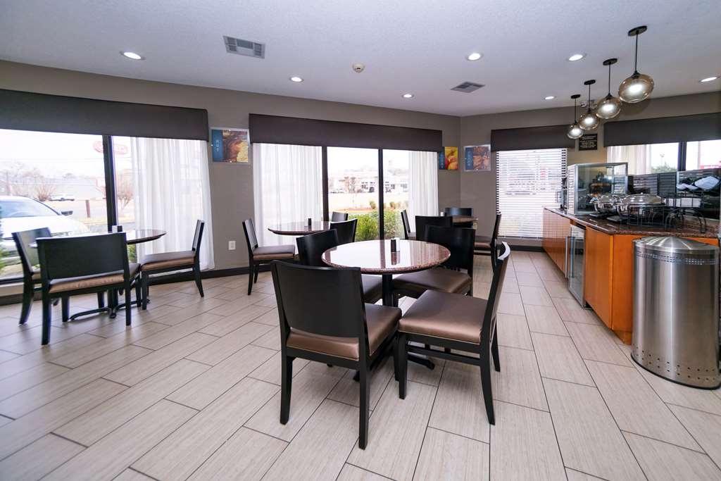 Best Western Airport Inn - Zona de desayunos