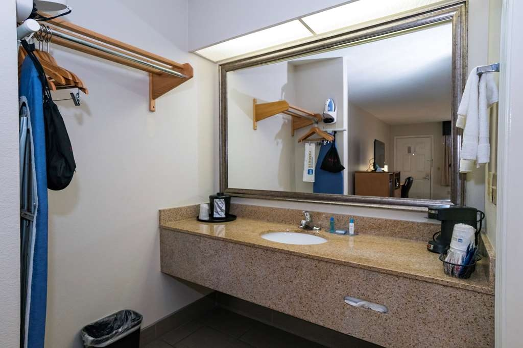 Best Western Airport Inn - Bagno