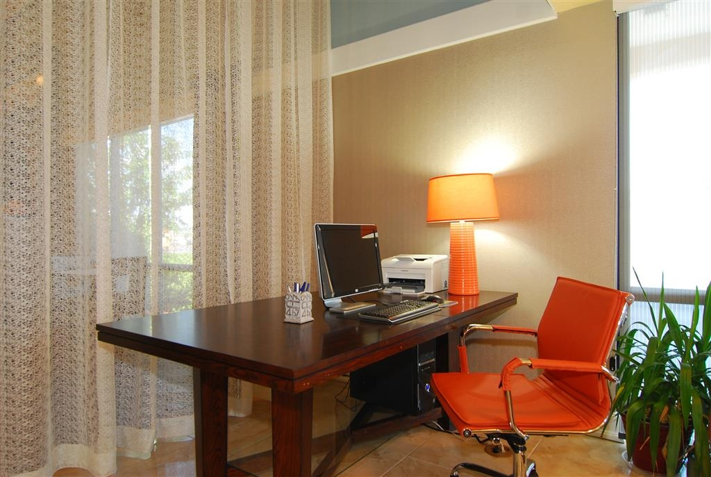 Best Western Executive Suites - Business Center