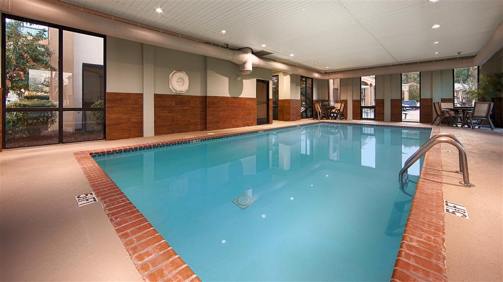 Best Western Executive Suites - Indoor Swimming Pool