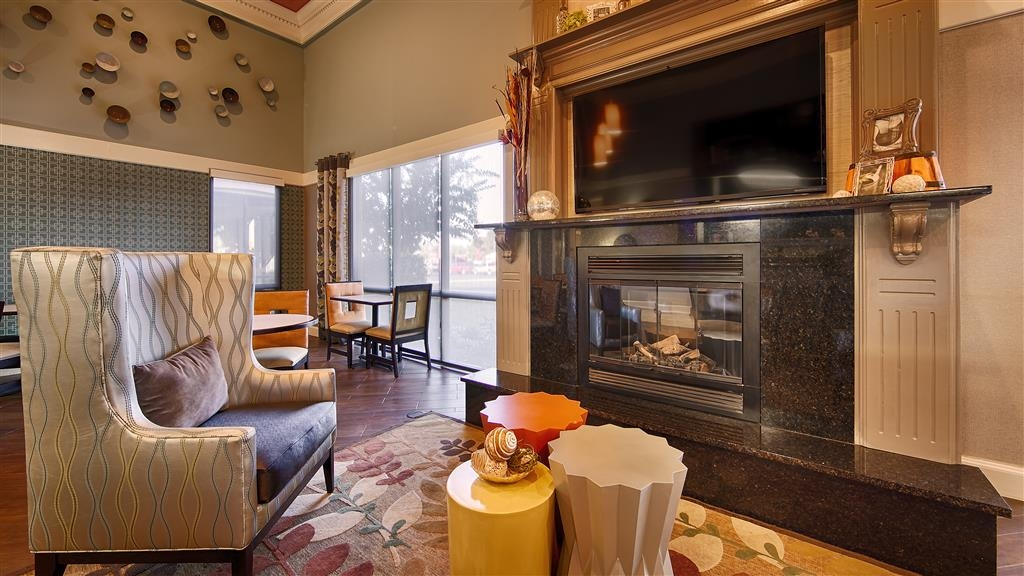 Best Western Executive Suites - Breakfast Area
