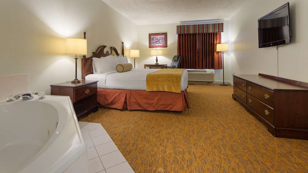 Best Western Plus Cypress Creek - Make yourself at home!