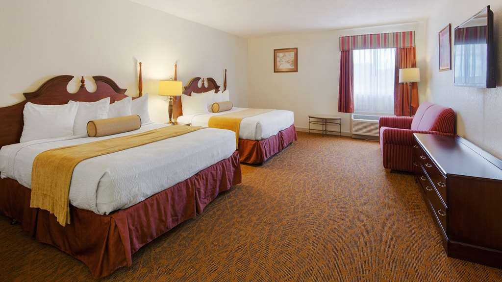 Best Western Plus Cypress Creek - Sink into our comfortable beds each night and wake up feeling completely refreshed.