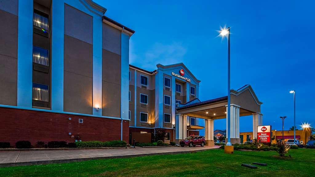 Best Western Plus Flowood Inn & Suites - Area esterna