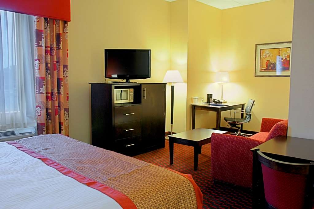 Best Western Plus Flowood Inn & Suites - Suite