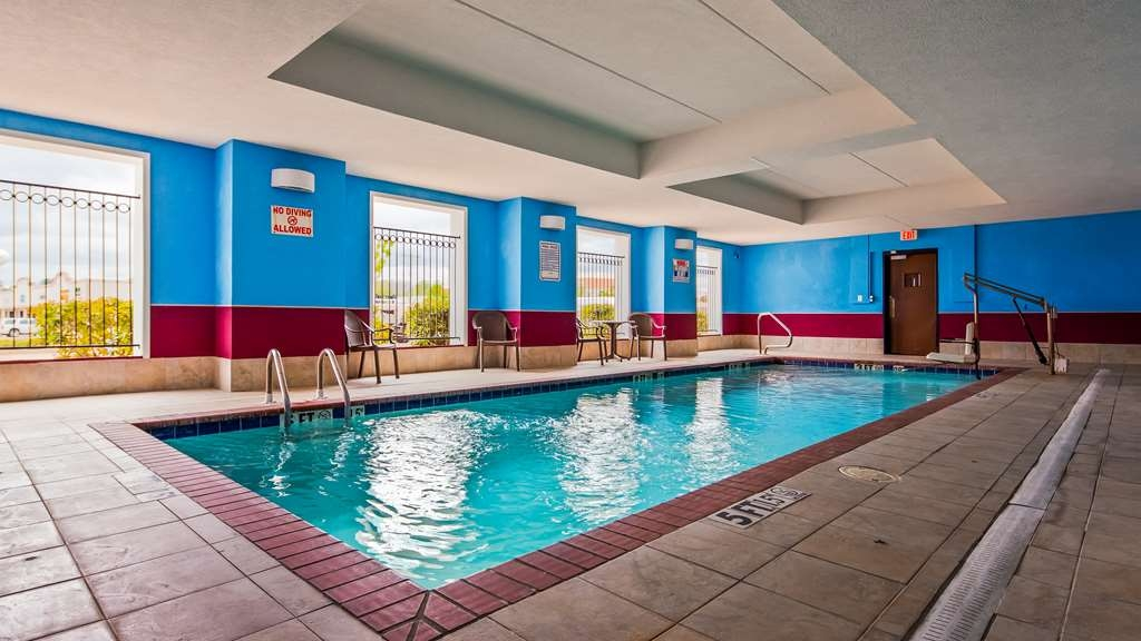 Best Western Plus Flowood Inn & Suites - Poolansicht