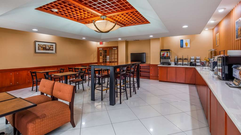 Best Western Plus Flowood Inn & Suites - Restaurant / Gastronomie