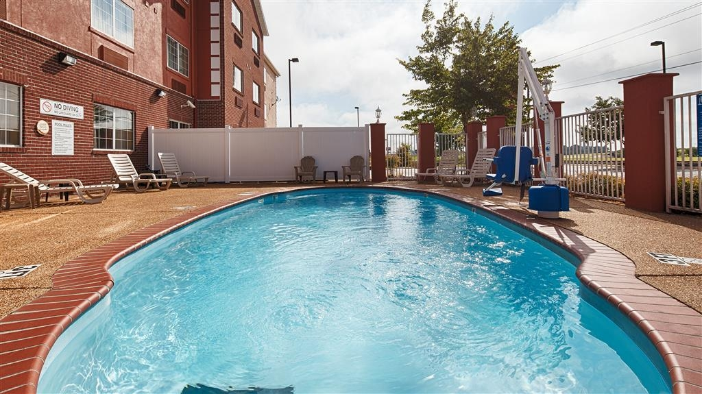Best Western Plus Olive Branch Hotel & Suites - Pool