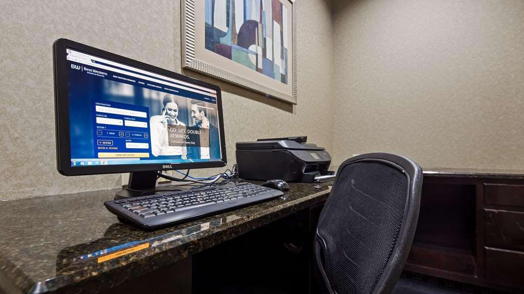 Best Western Plus Goodman Inn & Suites - Stay in touch with your loved ones by using our business center.