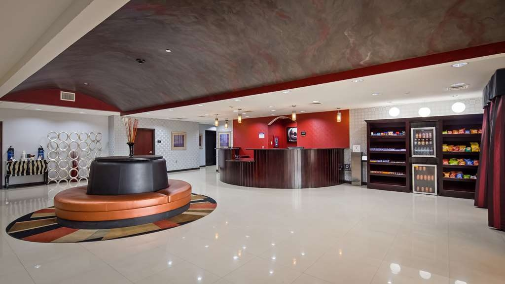 Best Western Plus Goodman Inn & Suites - Lobbyansicht