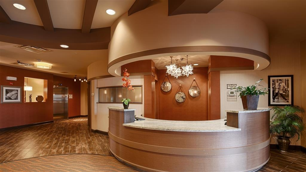 Best Western Plus Tupelo Inn & Suites - Réception