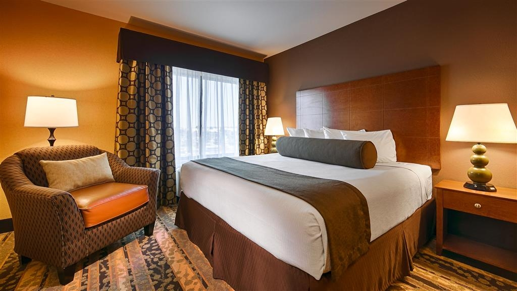 Best Western Plus Tupelo Inn & Suites - Make yourself at home in any room you choose to stay in during your stay.