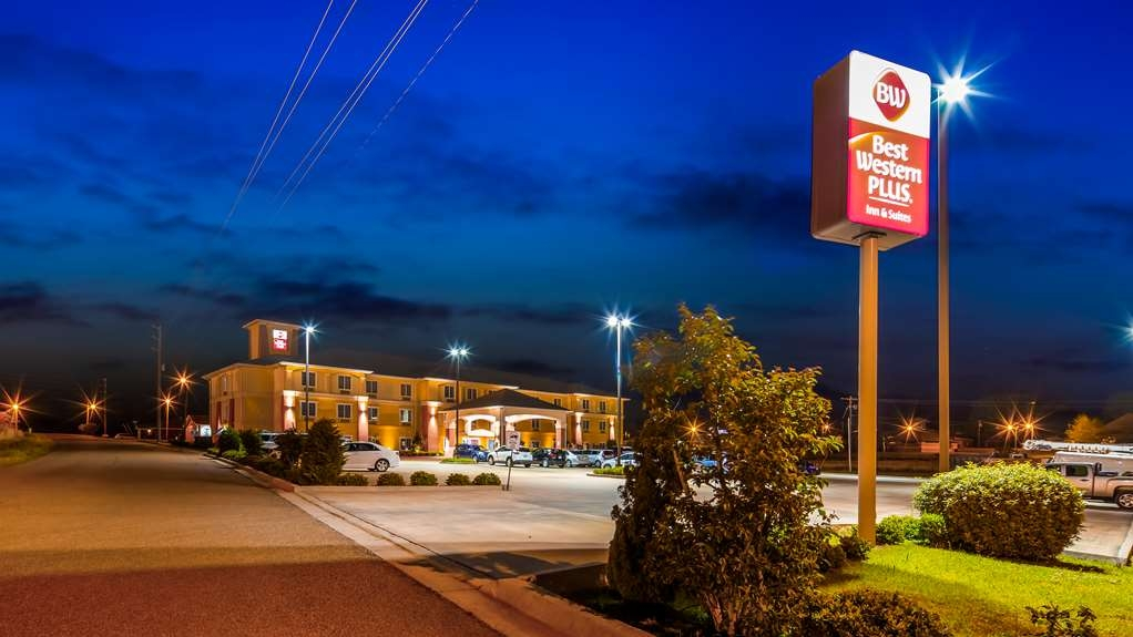 Best Western Plus Magee Inn and Suites - Exterior