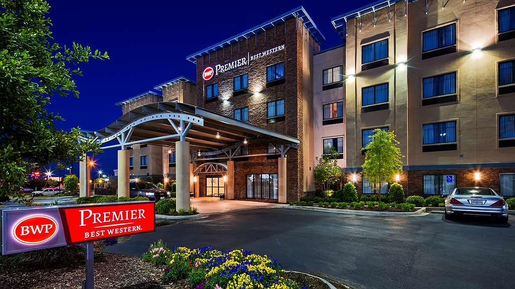 Best Western Premier University Inn - Area esterna