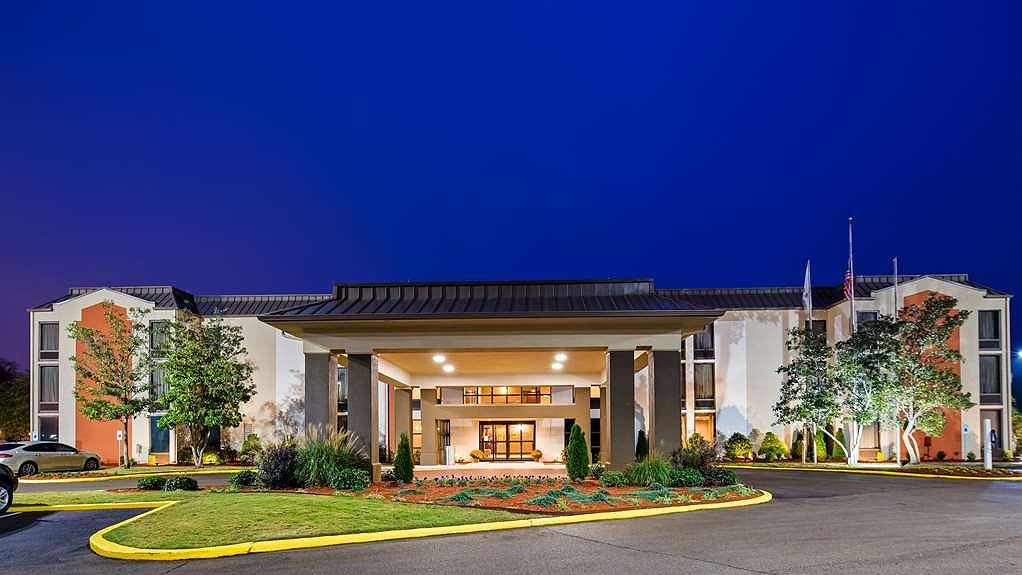 Best Western New Albany - outside view