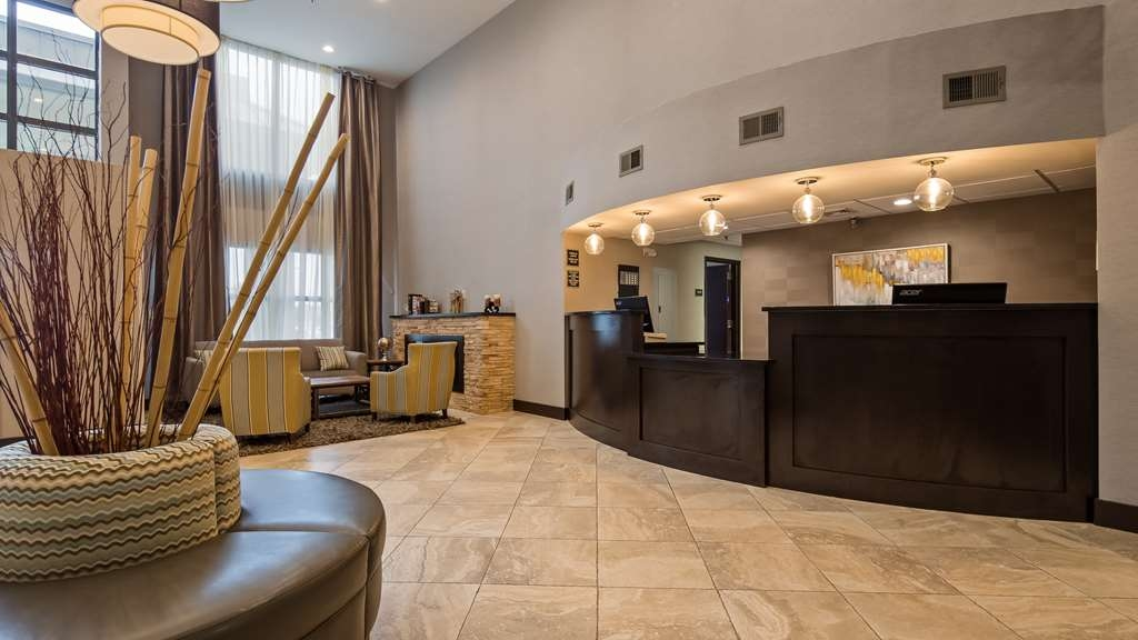 Best Western New Albany - Hall