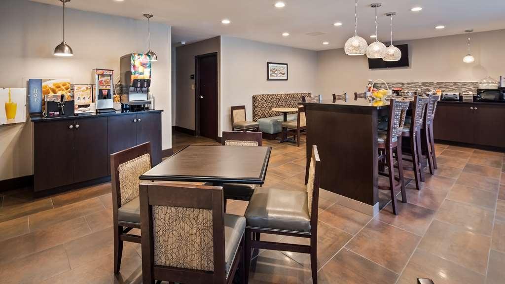 Best Western New Albany - Breakfast Dining Area