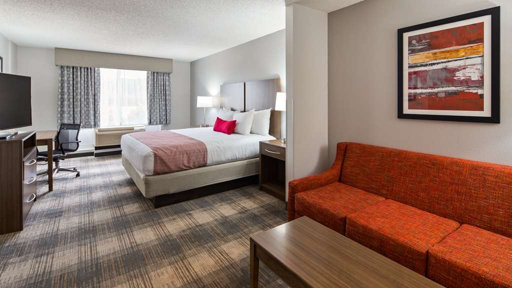 Best Western Plus Philadelphia-Choctaw Hotel and Suites - Suite