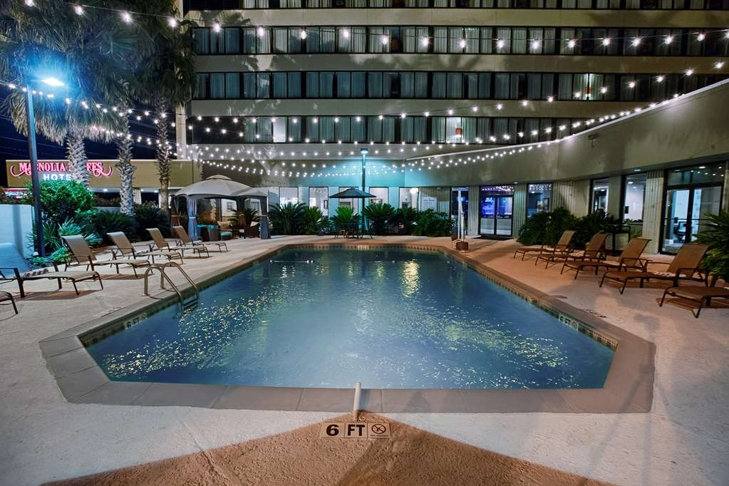 Magnolia Bluffs Casino Hotel, Premier Collection - Piscina