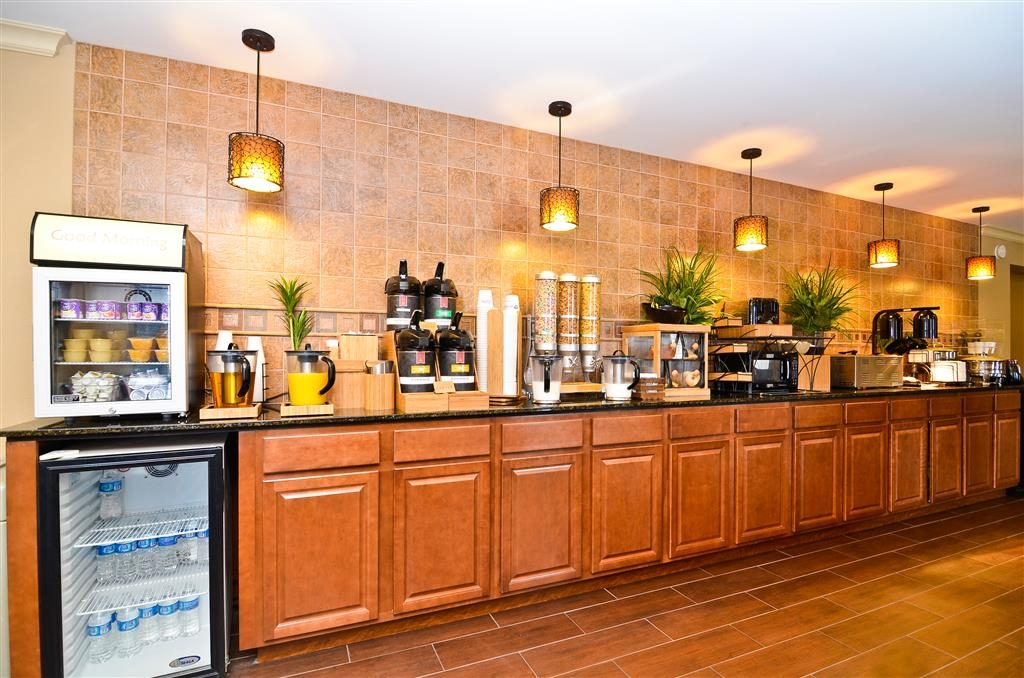 Best Western Coach House - Breakfast Made Easy