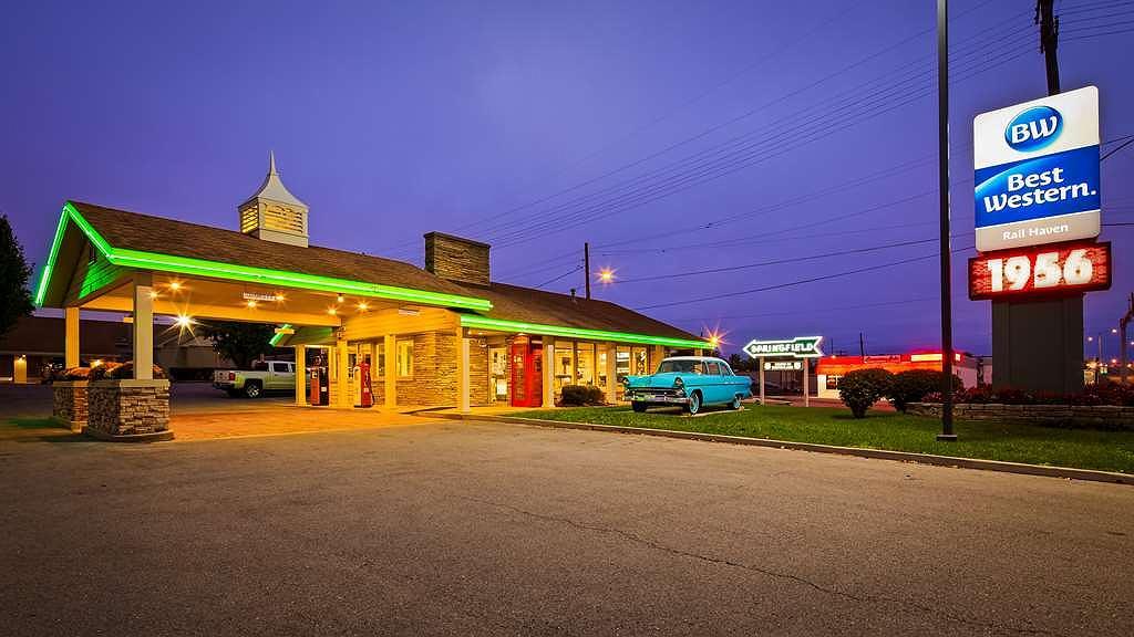 Best Western Route 66 Rail Haven - Vista exterior