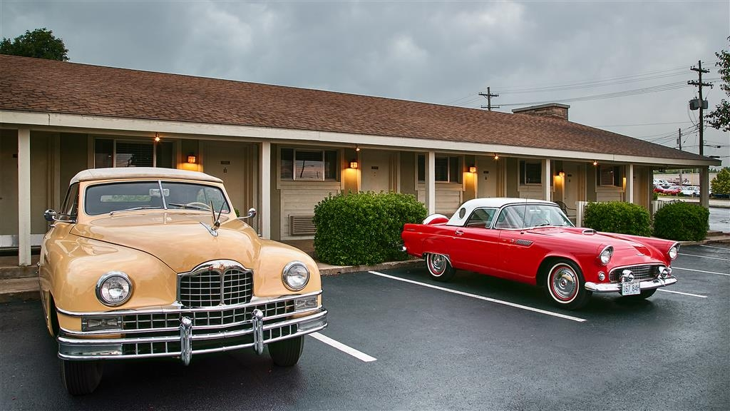 Best Western Route 66 Rail Haven - Enjoy a trip down the Classic Route 66