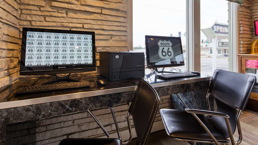 Best Western Route 66 Rail Haven - Business and leisure travelers can stay connected with the hotel's complimentary business center.