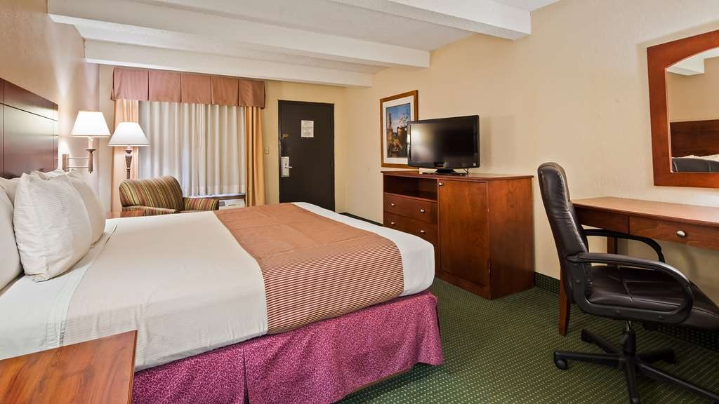 Best Western Montis Inn - King Room