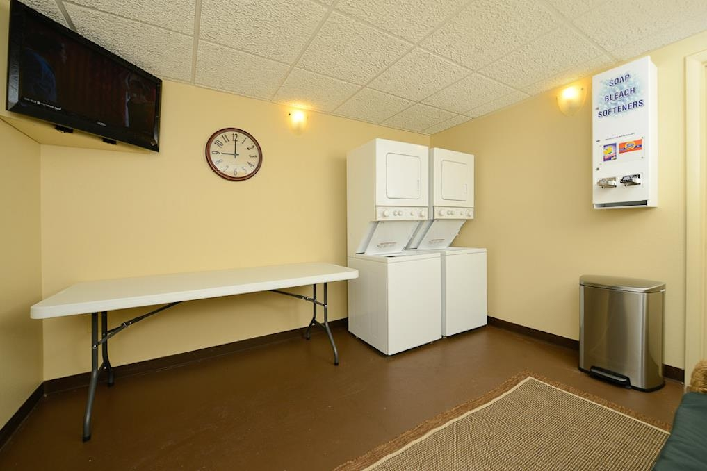 Best Western Plus Landing View Inn & Suites - equipamiento de propiedad