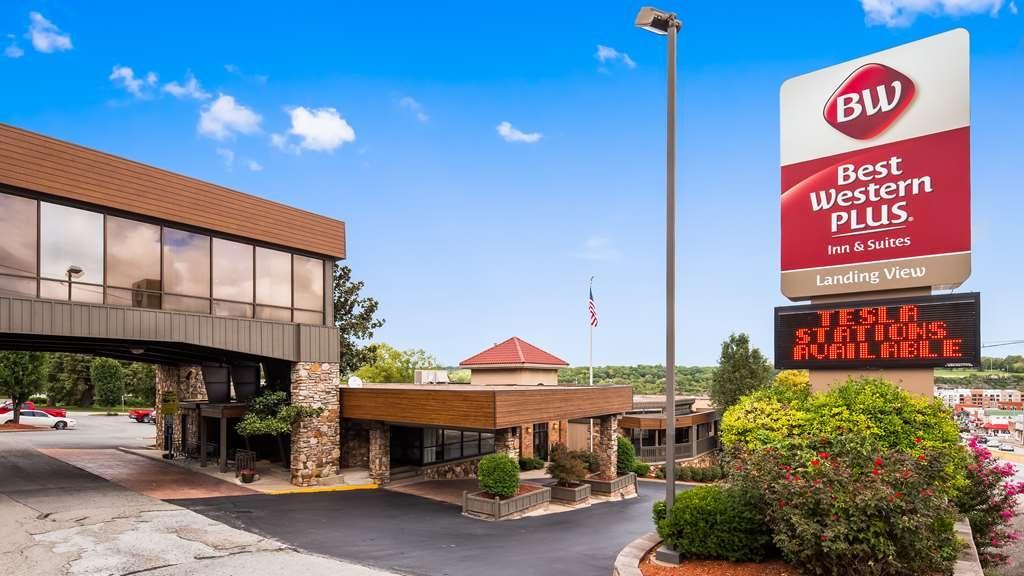 Best Western Plus Landing View Inn & Suites - Vista Exterior