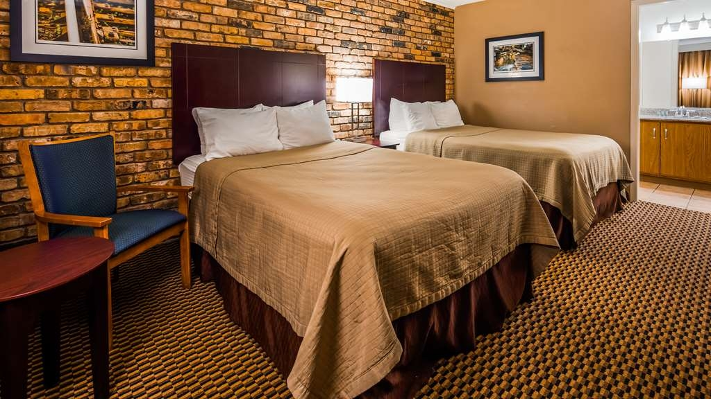 Best Western State Fair Inn - Make yourself at home in our guest rooms