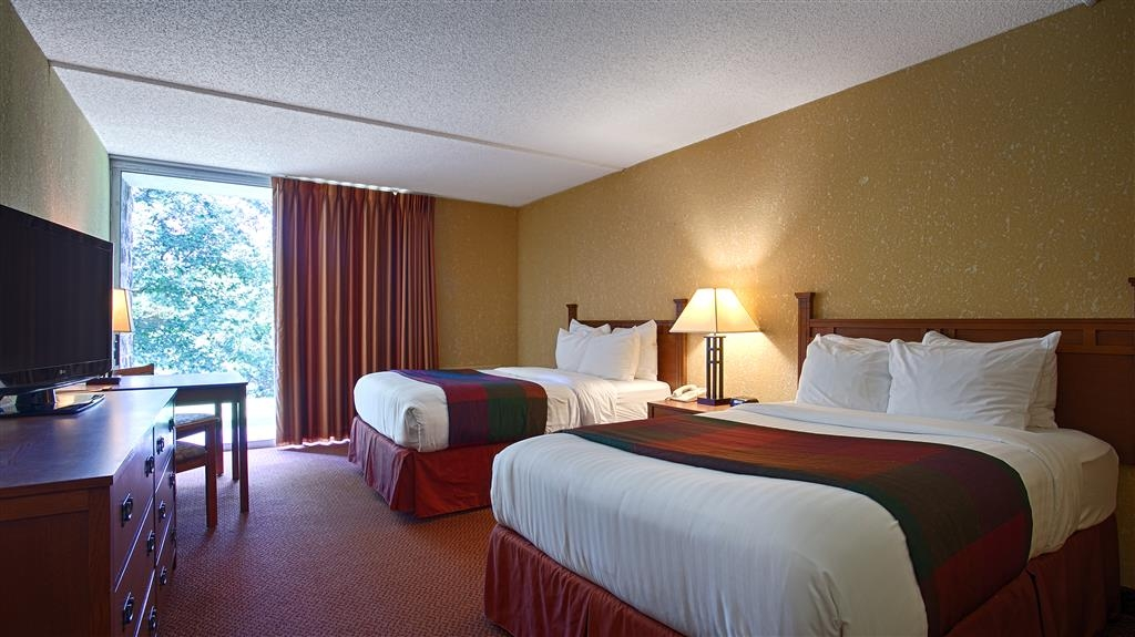 Best Western Branson Inn and Conference Center - Make yourself at home in our Two Queen Guest Room