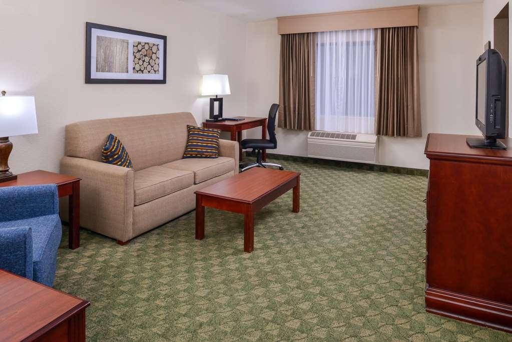 Best Western Big Spring Lodge - Suite
