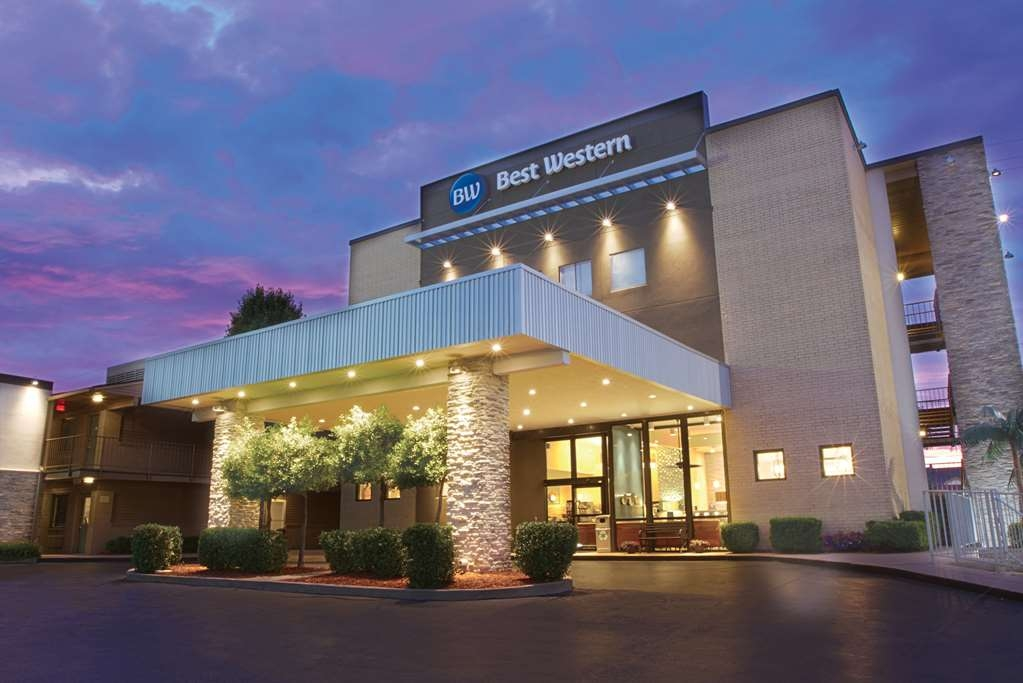 Best Western The Oasis at Joplin - Welcome to the Best Western® The Oasis at Joplin