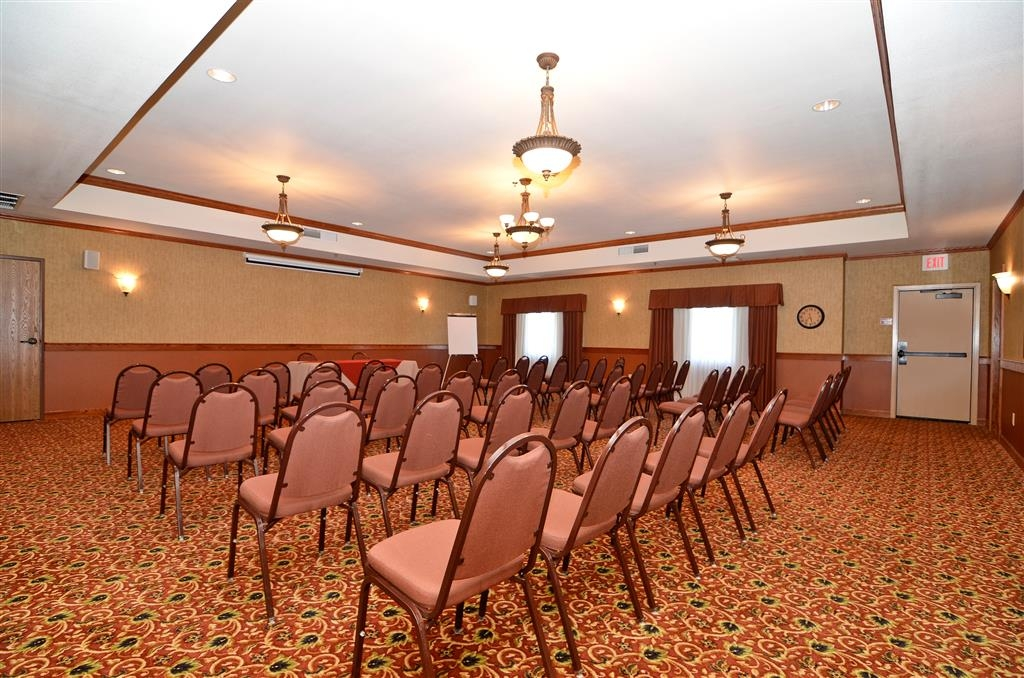 Best Western Plus Capital Inn - Our meeting room features 1,000 square feet. Call our staff to book it for your next event!