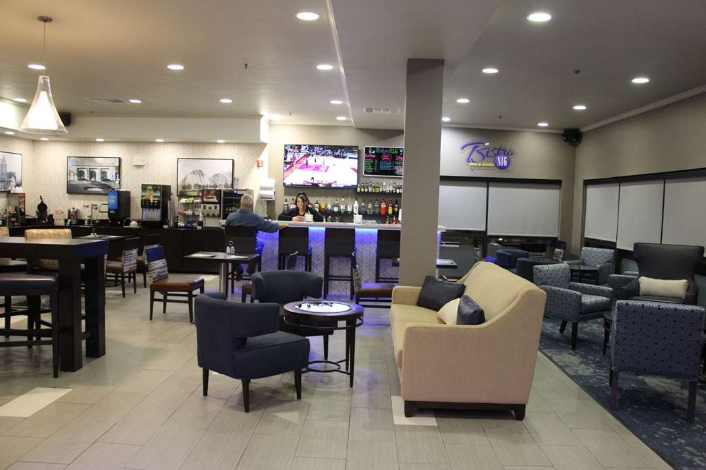 Best Western Plus Kansas City Airport-KCI East - Restaurant / Gastronomie