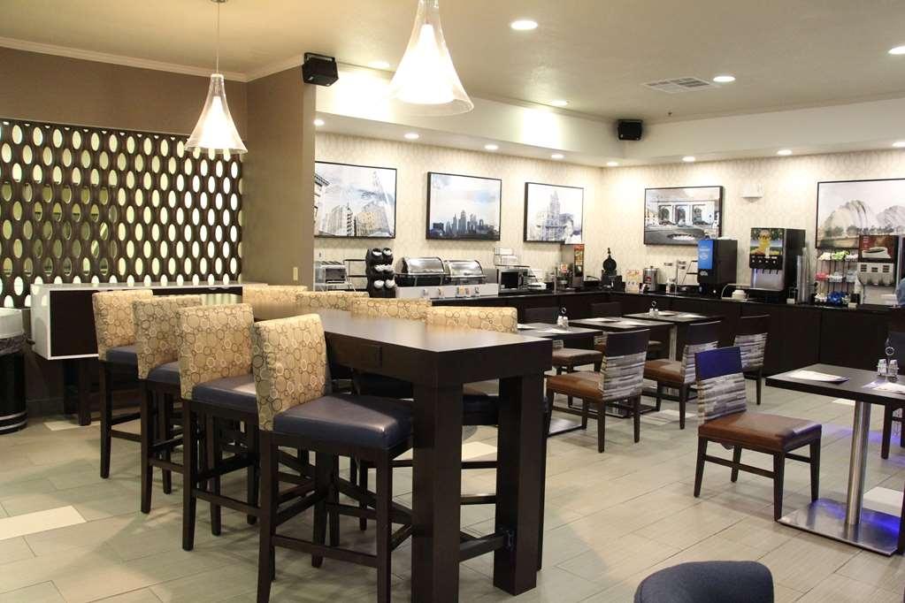 Best Western Plus Kansas City Airport-KCI East - Restaurant / Etablissement gastronomique