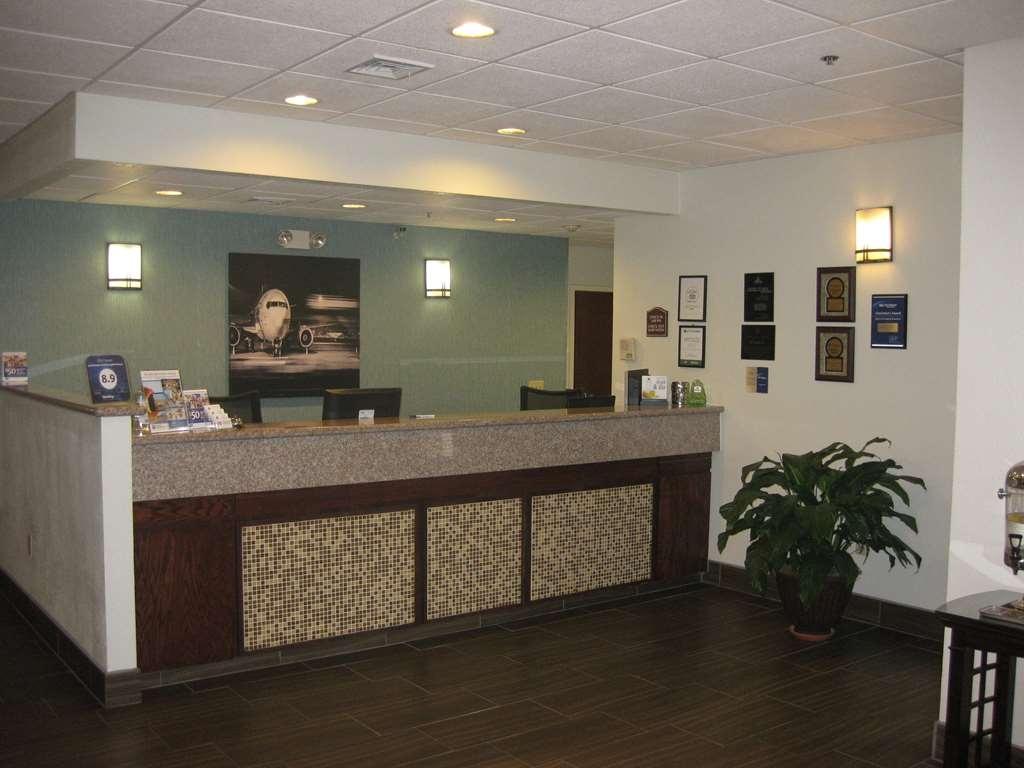 Best Western Plus Springfield Airport Inn - Lobbyansicht