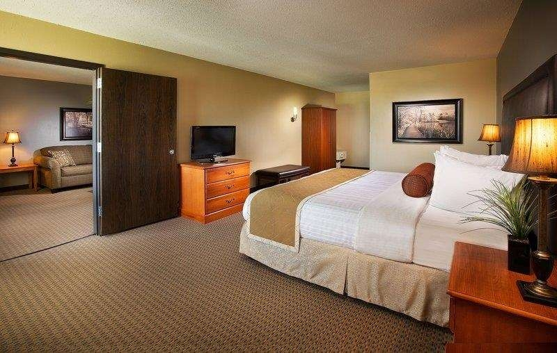 Best Western Plus The Charles Hotel - Suite