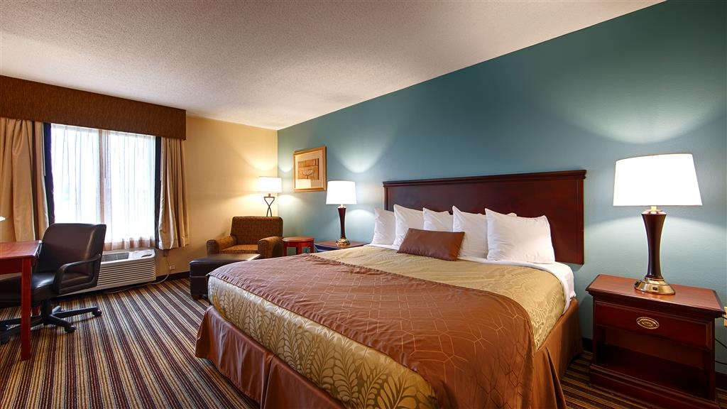 Best Western Plus Sikeston - Make yourself at home in our King Guest Room