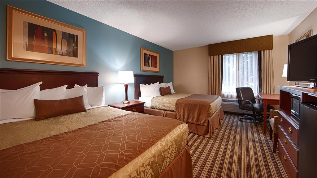 Best Western Plus Sikeston - Make yourself at home in our two queen bed room